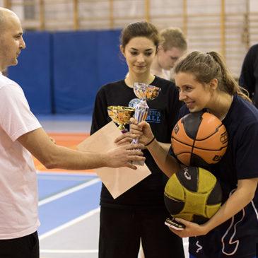 Turniej koszykówki o puchar burmistrza (FOTO)